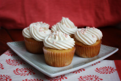 lemon whipped cream frosting whipped cream frosting with whipped cream ...